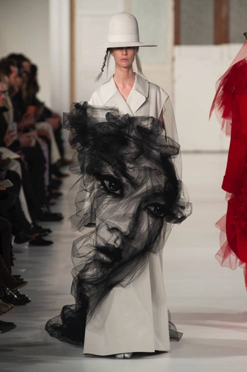 fsfwpa53.25b-fashion-week-paris-haute-couture-f-s-17---maison-margiela