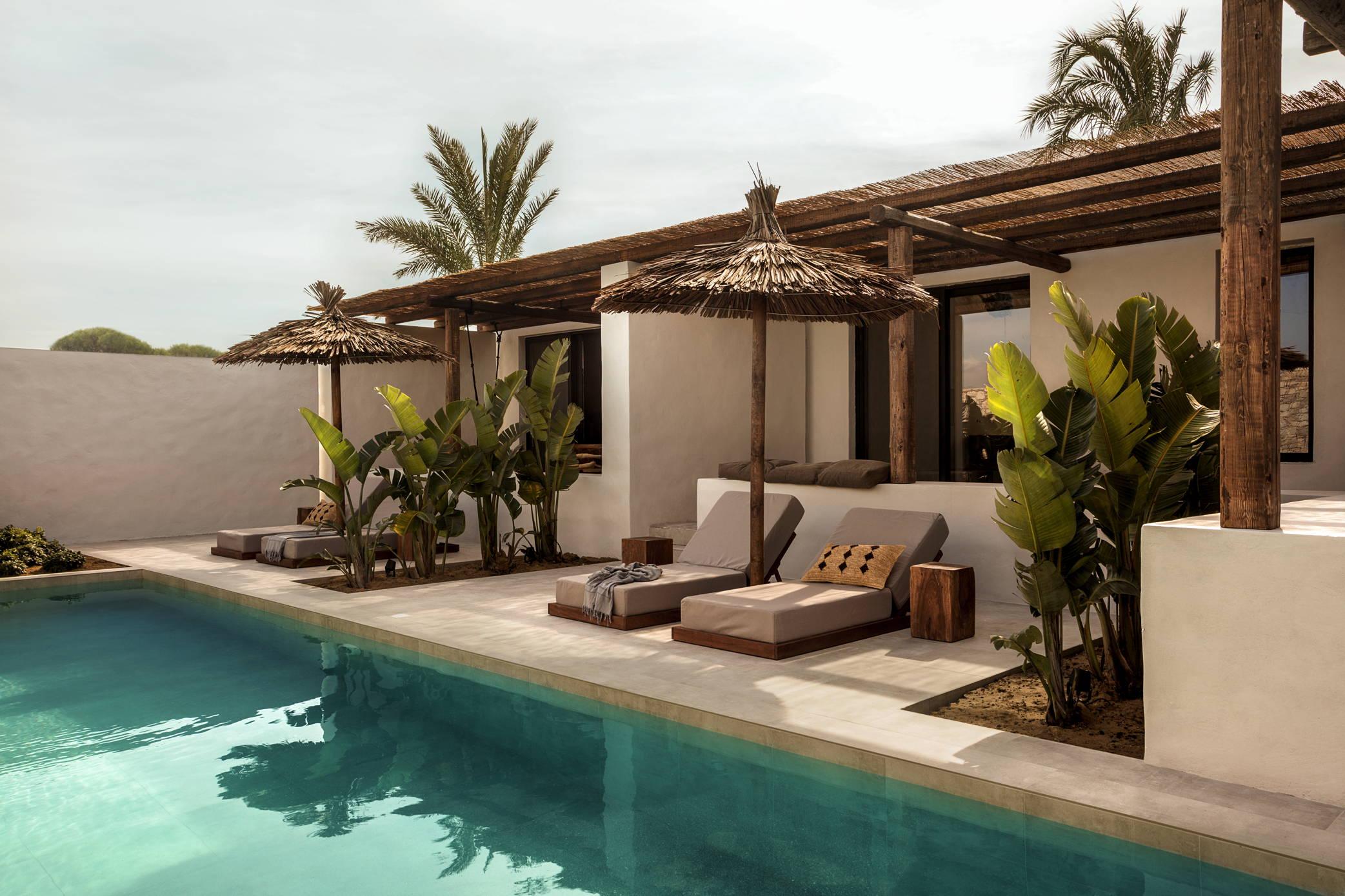 look&love-Fernweh-Der Außenpool vom Hotel Casa Cook auf Kos