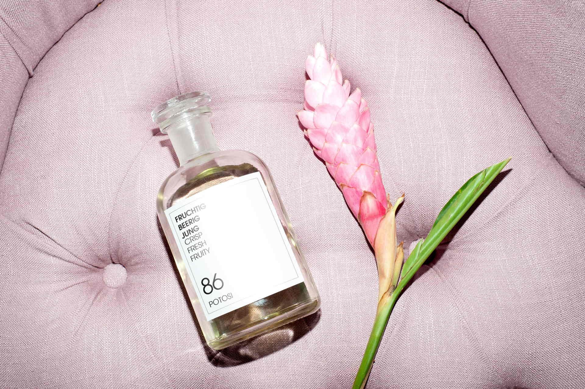 look & love,Zu unseren ersten Stationen gehörte das Duft-Atelier von FRAU TONIS PARFUM, berlin parfums, duft